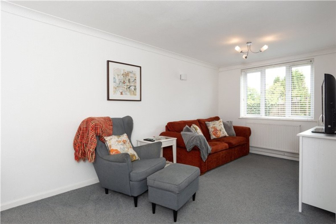 2 Bedroom House For Sale in Drakes Drive, St Albans City, St Albans - View 16 - Collinson Hall