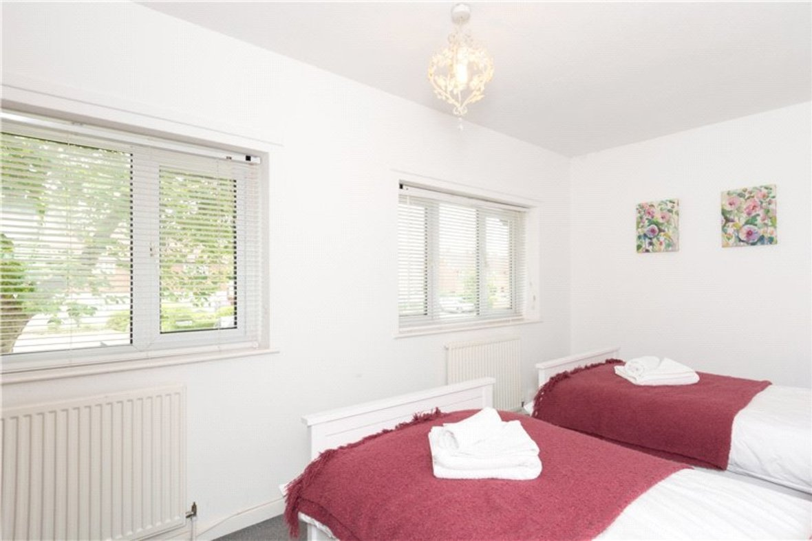 2 Bedroom House For Sale in Drakes Drive, St Albans City, St Albans - View 13 - Collinson Hall