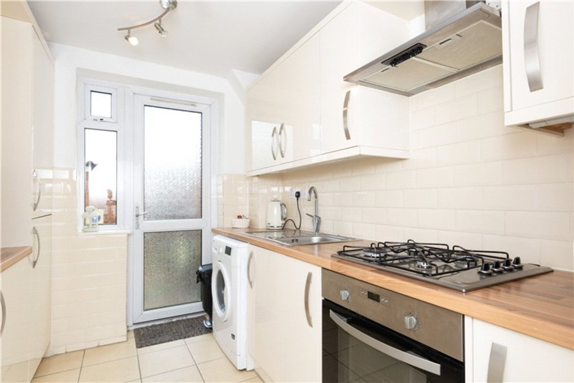 2 Bedroom House For Sale in Drakes Drive, St Albans City, St Albans - View 14 - Collinson Hall