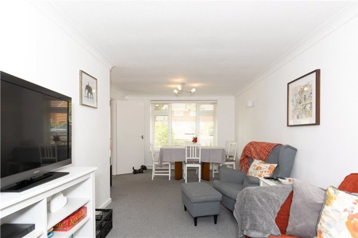 2 Bedroom House For Sale in Drakes Drive, St Albans City, St Albans - View 6 - Collinson Hall