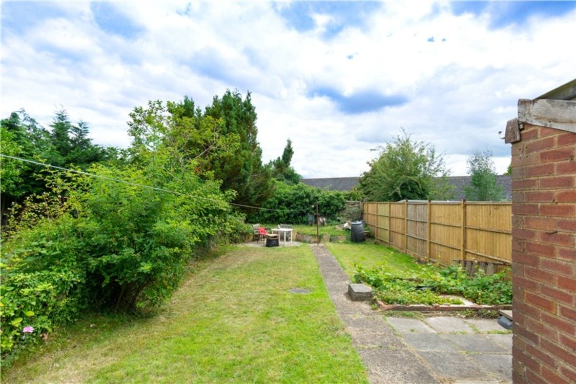 2 Bedroom House For Sale in Drakes Drive, St Albans City, St Albans - View 5 - Collinson Hall
