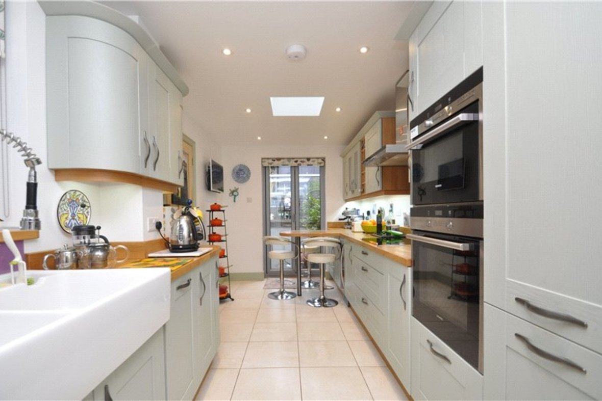 3 Bedroom House Sold Subject To Contract in Cannon Street, St. Albans, Hertfordshire - View 7 - Collinson Hall
