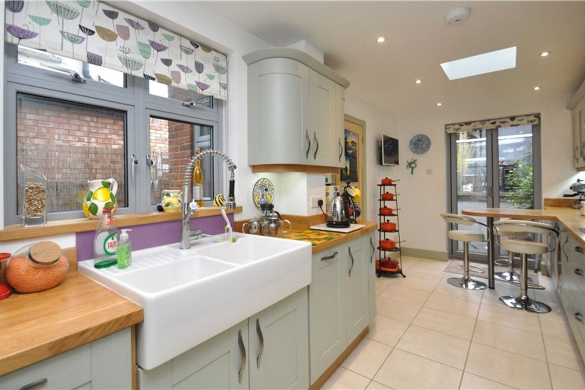 3 Bedroom House Sold Subject To Contract in Cannon Street, St. Albans, Hertfordshire - View 3 - Collinson Hall