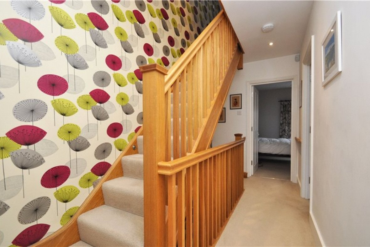 3 Bedroom House Sold Subject To Contract in Cannon Street, St. Albans, Hertfordshire - View 13 - Collinson Hall