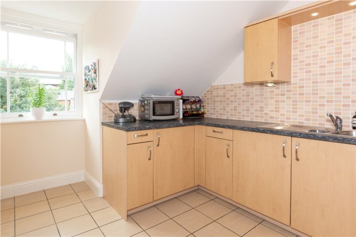 2 Bedrooms Apartment New Instruction in Aventine Court, 101 Holywell Hill - View 11 - Collinson Hall