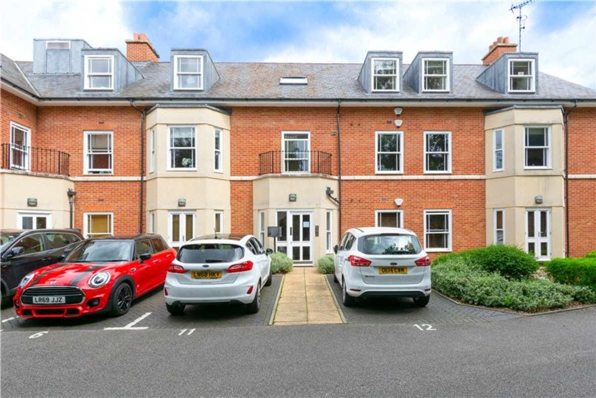 2 Bedrooms Apartment New Instruction in Aventine Court, 101 Holywell Hill - View 1 - Collinson Hall