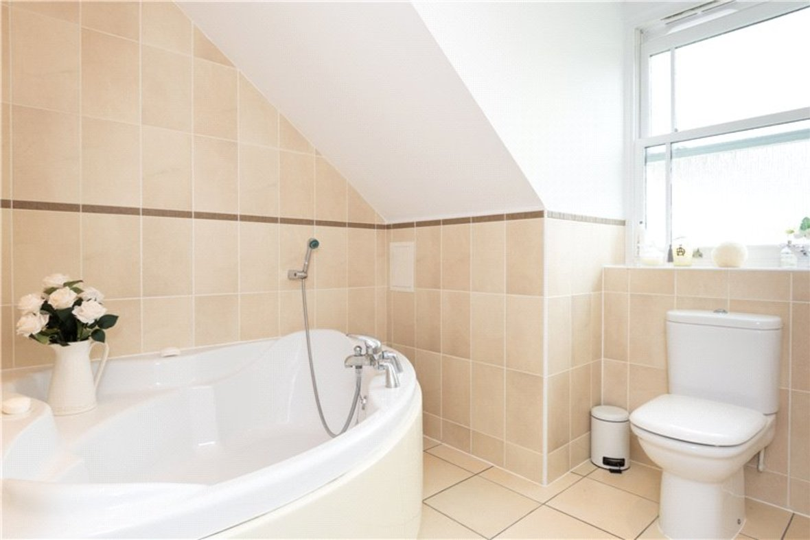2 Bedrooms Apartment New Instruction in Aventine Court, 101 Holywell Hill - View 5 - Collinson Hall