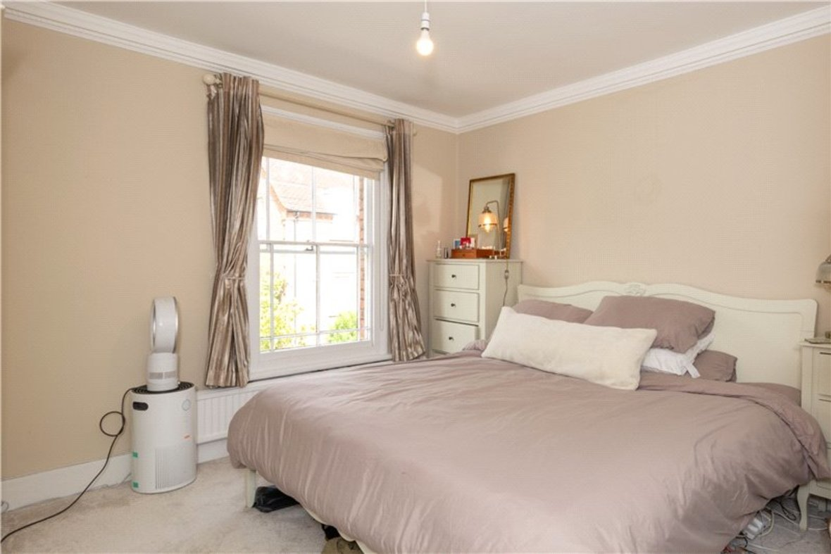 2 Bedroom House For Sale in Albert Street, St. Albans, Hertfordshire - View 6 - Collinson Hall