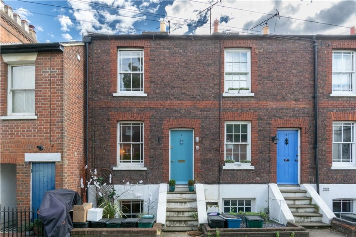 2 Bedroom House For Sale in Albert Street, St. Albans, Hertfordshire - View 2 - Collinson Hall