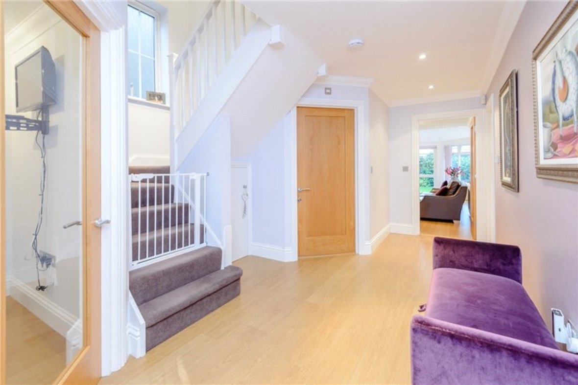 5 Bedroom House Sold Subject To Contract in Old Harpenden Road, St. Albans, Hertfordshire - View 2 - Collinson Hall