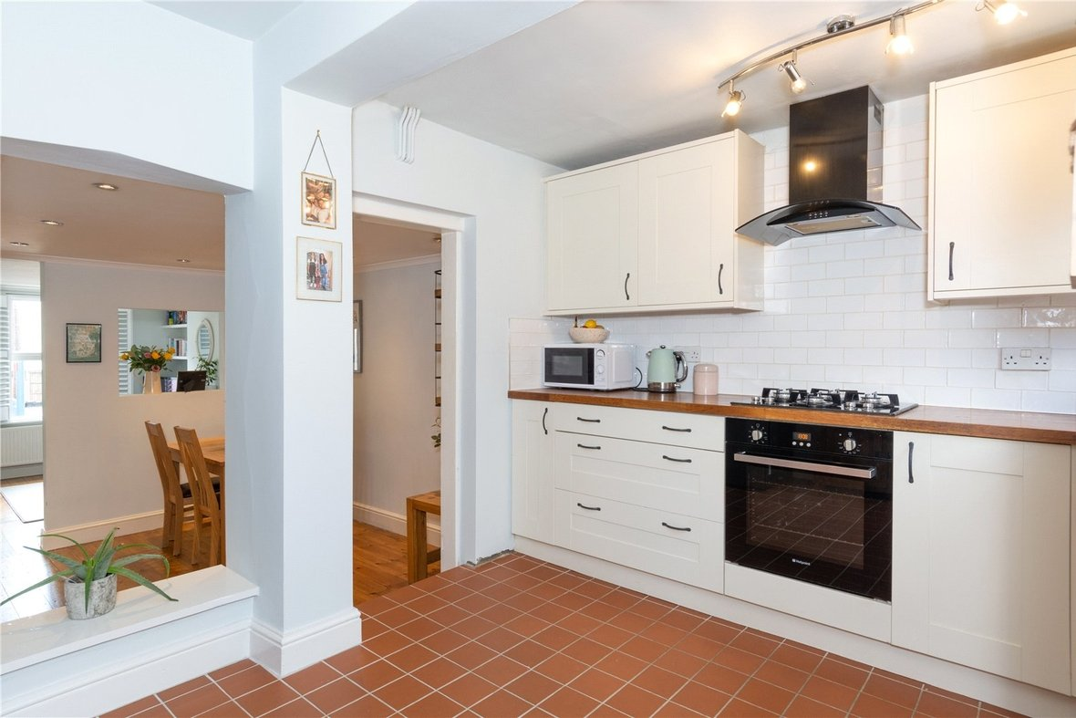 2 Bedroom House Sold Subject To Contract in Bedford Road, St. Albans, Hertfordshire - View 12 - Collinson Hall