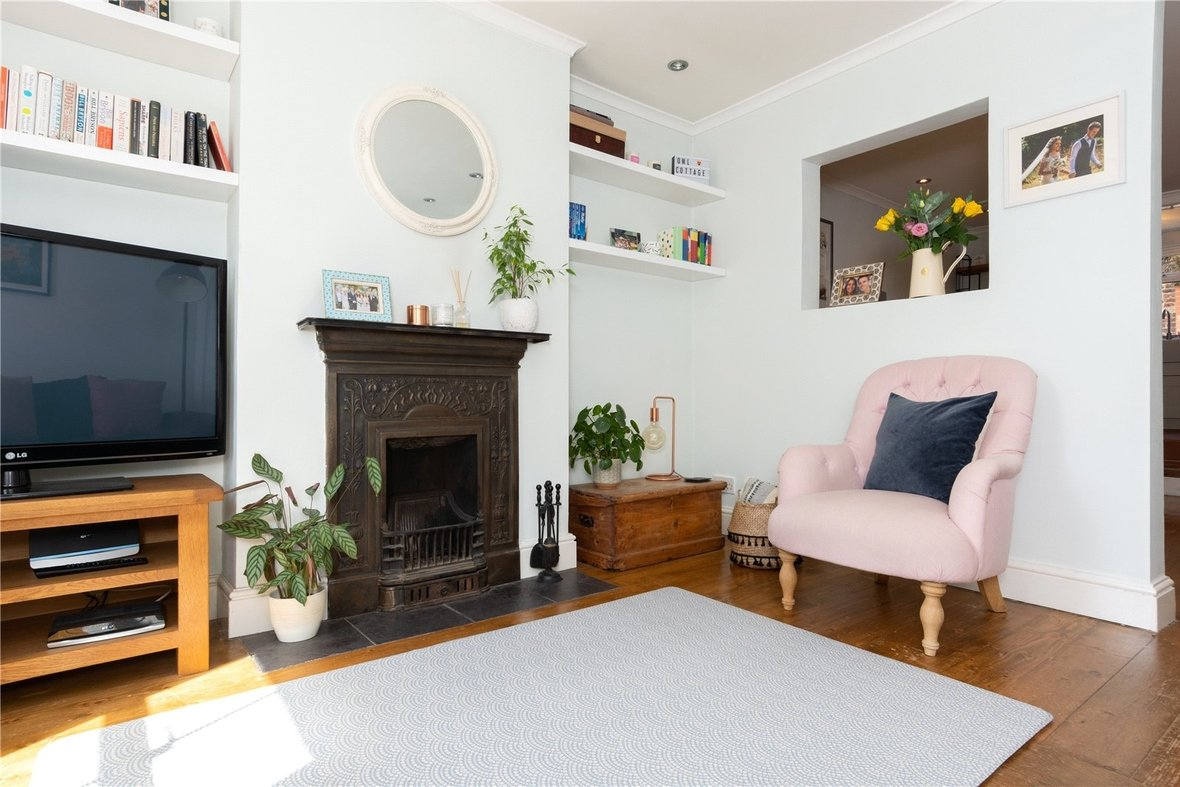 2 Bedroom House Sold Subject To Contract in Bedford Road, St. Albans, Hertfordshire - View 11 - Collinson Hall