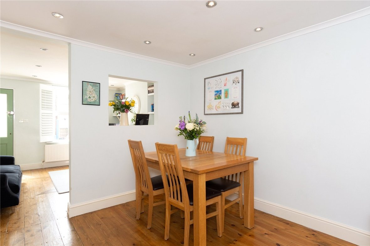 2 Bedroom House Sold Subject To Contract in Bedford Road, St. Albans, Hertfordshire - View 14 - Collinson Hall