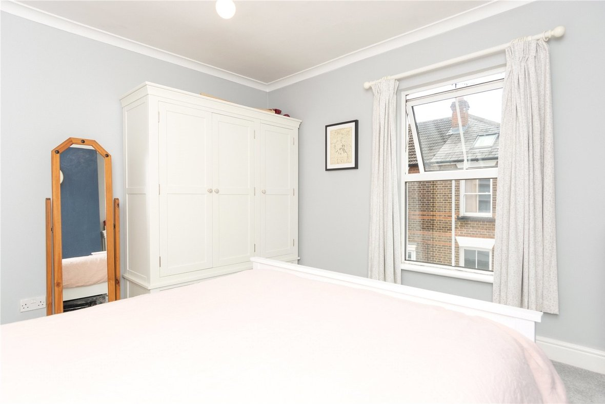 2 Bedroom House Sold Subject To Contract in Bedford Road, St. Albans, Hertfordshire - View 17 - Collinson Hall