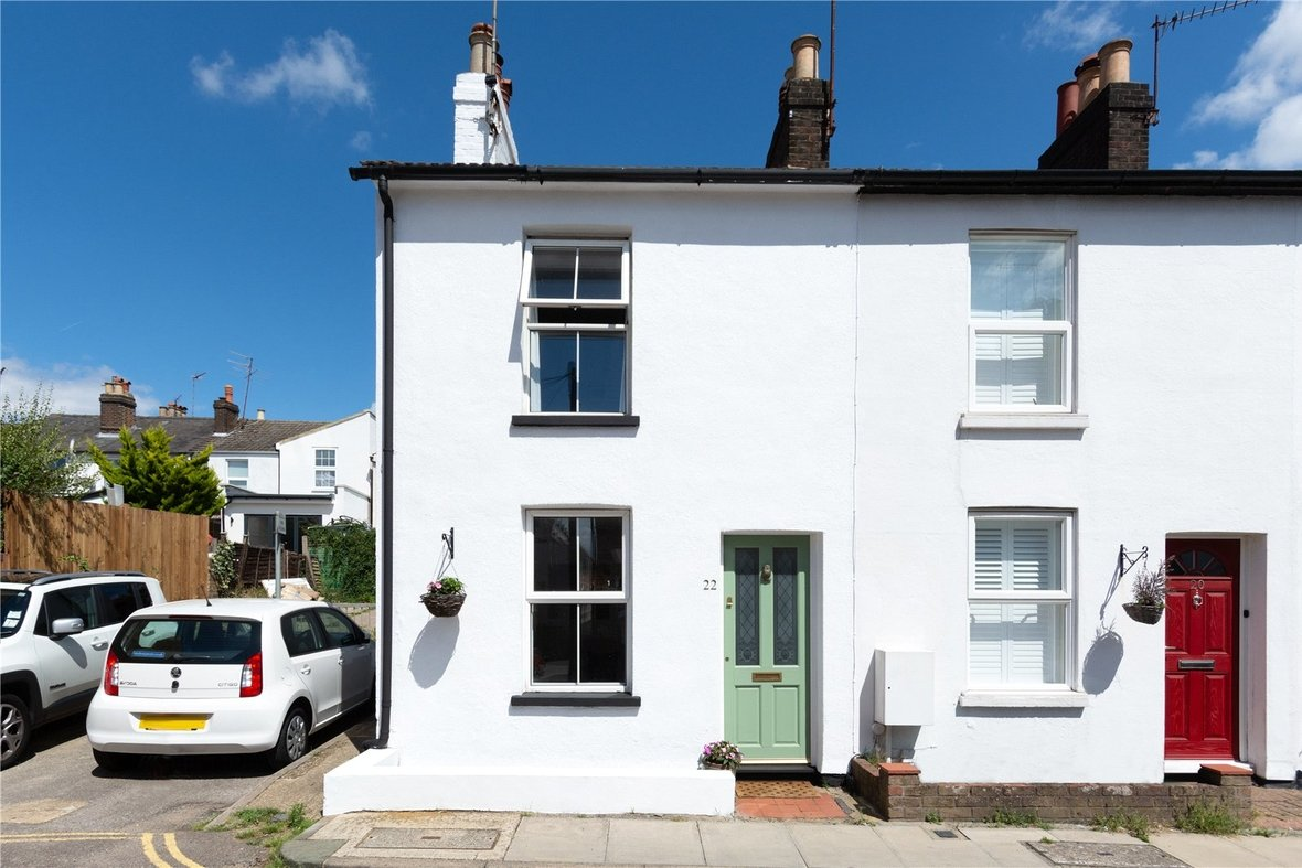 2 Bedroom House Sold Subject To Contract in Bedford Road, St. Albans, Hertfordshire - View 21 - Collinson Hall