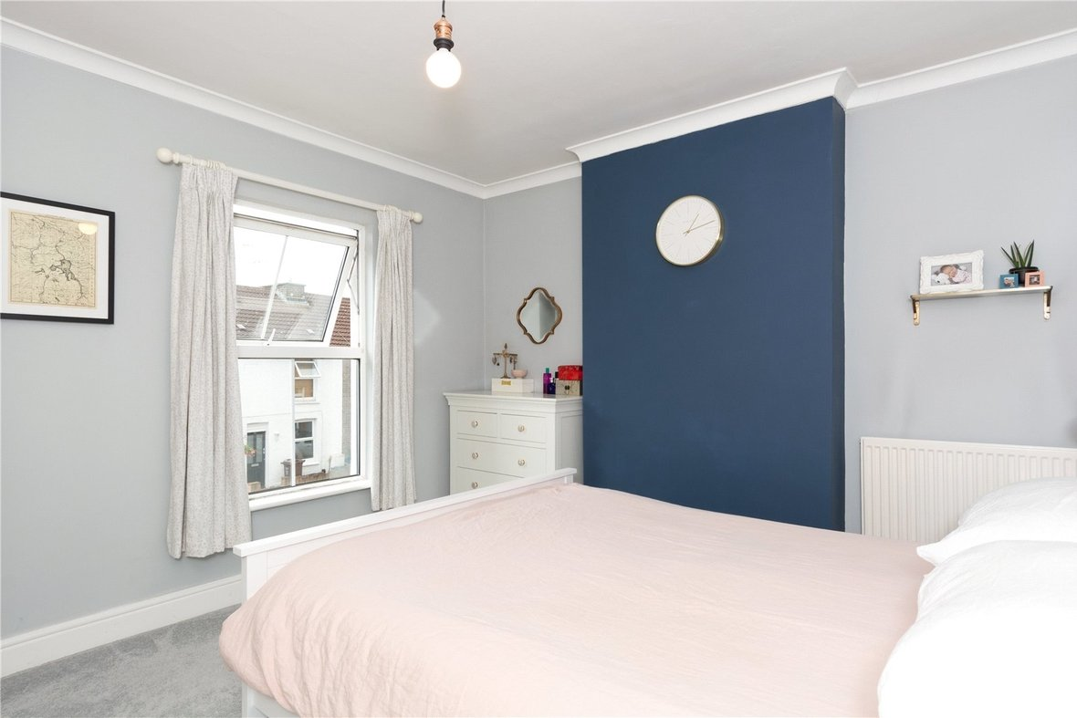 2 Bedroom House Sold Subject To Contract in Bedford Road, St. Albans, Hertfordshire - View 6 - Collinson Hall