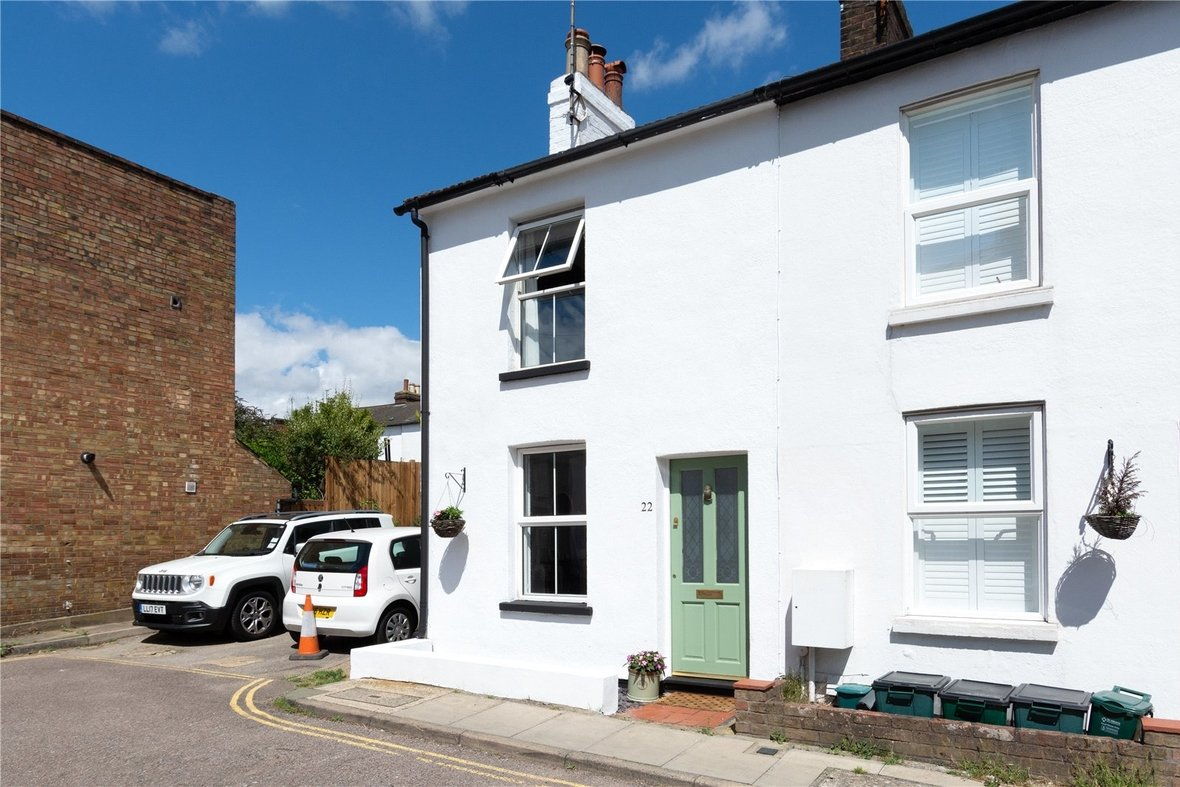 2 Bedroom House Sold Subject To Contract in Bedford Road, St. Albans, Hertfordshire - View 20 - Collinson Hall