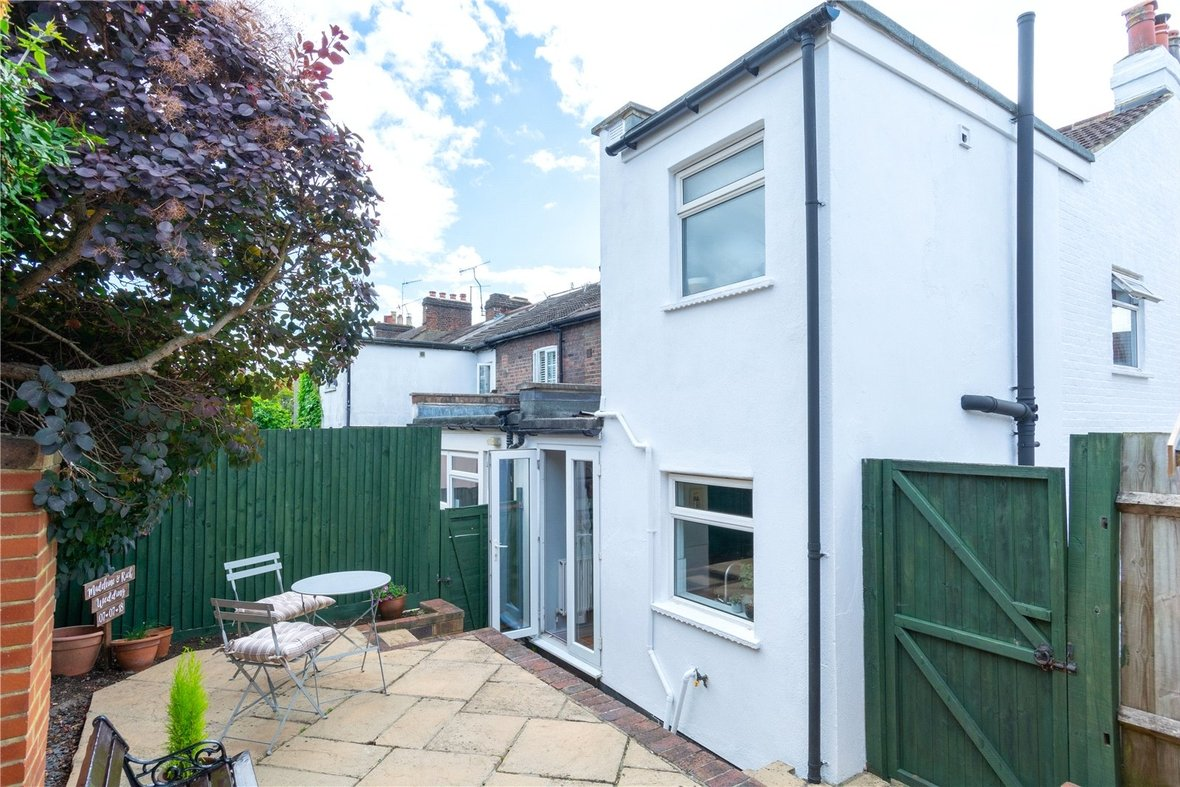2 Bedroom House Sold Subject To Contract in Bedford Road, St. Albans, Hertfordshire - View 19 - Collinson Hall