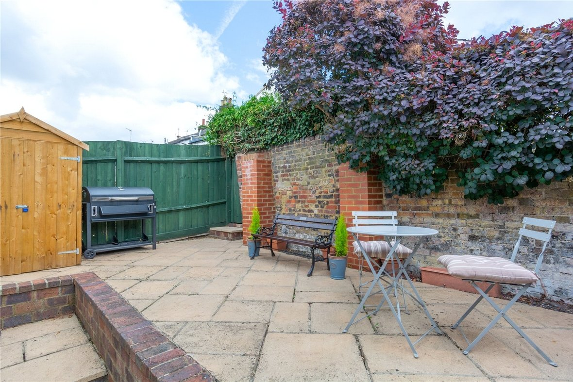 2 Bedroom House Sold Subject To Contract in Bedford Road, St. Albans, Hertfordshire - View 10 - Collinson Hall