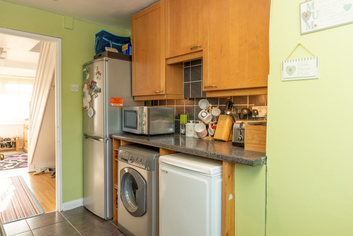 2 Bedroom House For Sale in Cell Barnes Lane, St Albans - View 13 - Collinson Hall