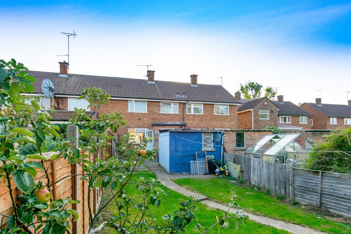 2 Bedroom House For Sale in Cell Barnes Lane, St Albans - View 15 - Collinson Hall