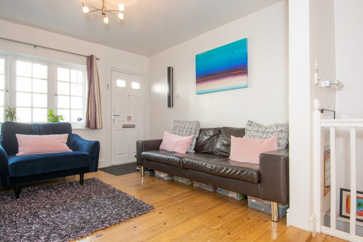 2 Bedroom House For Sale in Alexandra Road, St Albans - View 5 - Collinson Hall