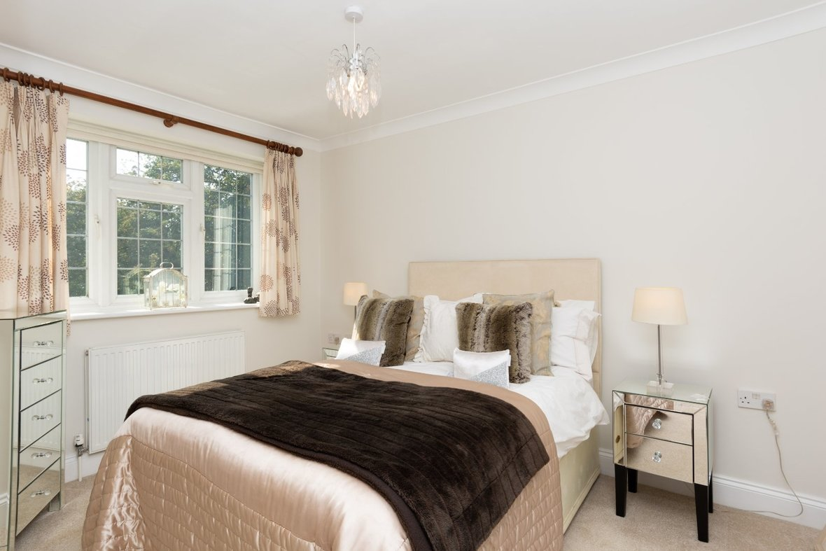 5 Bedroom House For Sale in Marford Road, Wheathampstead, St. Albans - View 8 - Collinson Hall
