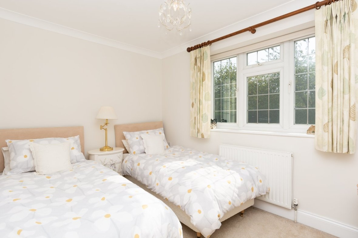 5 Bedroom House For Sale in Marford Road, Wheathampstead, St. Albans - View 14 - Collinson Hall