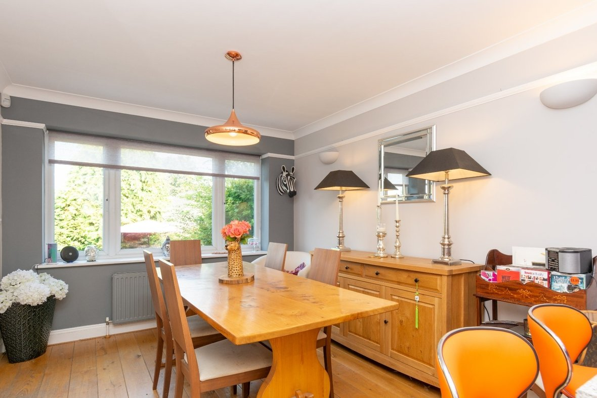 5 Bedroom House For Sale in Marford Road, Wheathampstead, St. Albans - View 3 - Collinson Hall