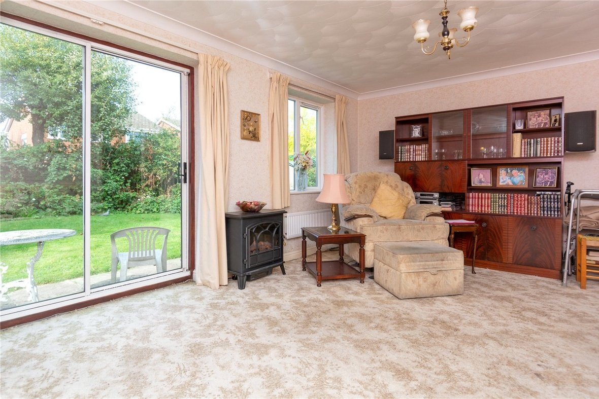 4 Bedroom House For Sale in Dubrae Close, St. Albans - View 4 - Collinson Hall