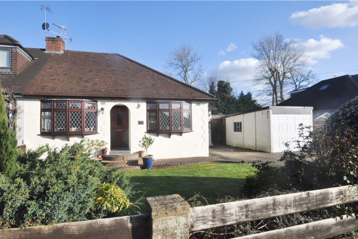3 Bedrooms Bungalow Sold Subject To Contract in Wildwood Avenue, Bricket Wood, St. Albans, Hertfordshire - View 14 - Collinson Hall