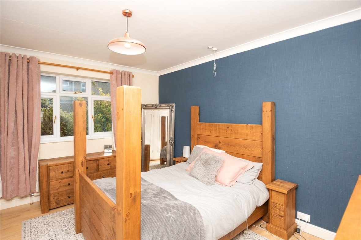 4 Bedroom Bungalow For Sale in Watford Road, St. Albans - View 10 - Collinson Hall