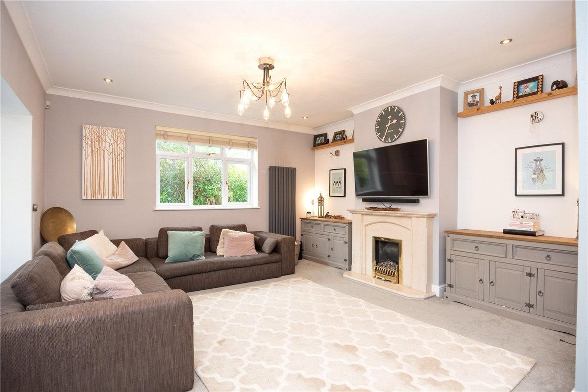4 Bedroom Bungalow For Sale in Watford Road, St. Albans - View 7 - Collinson Hall