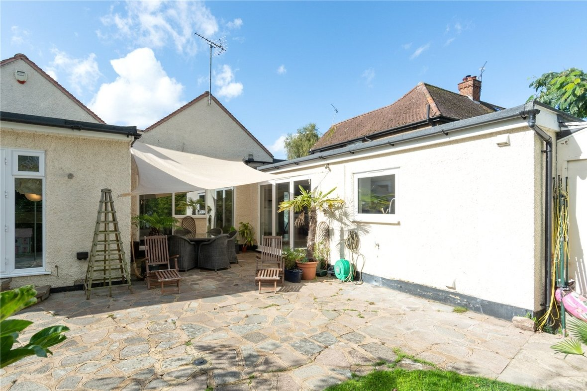 4 Bedroom Bungalow For Sale in Watford Road, St. Albans - View 16 - Collinson Hall