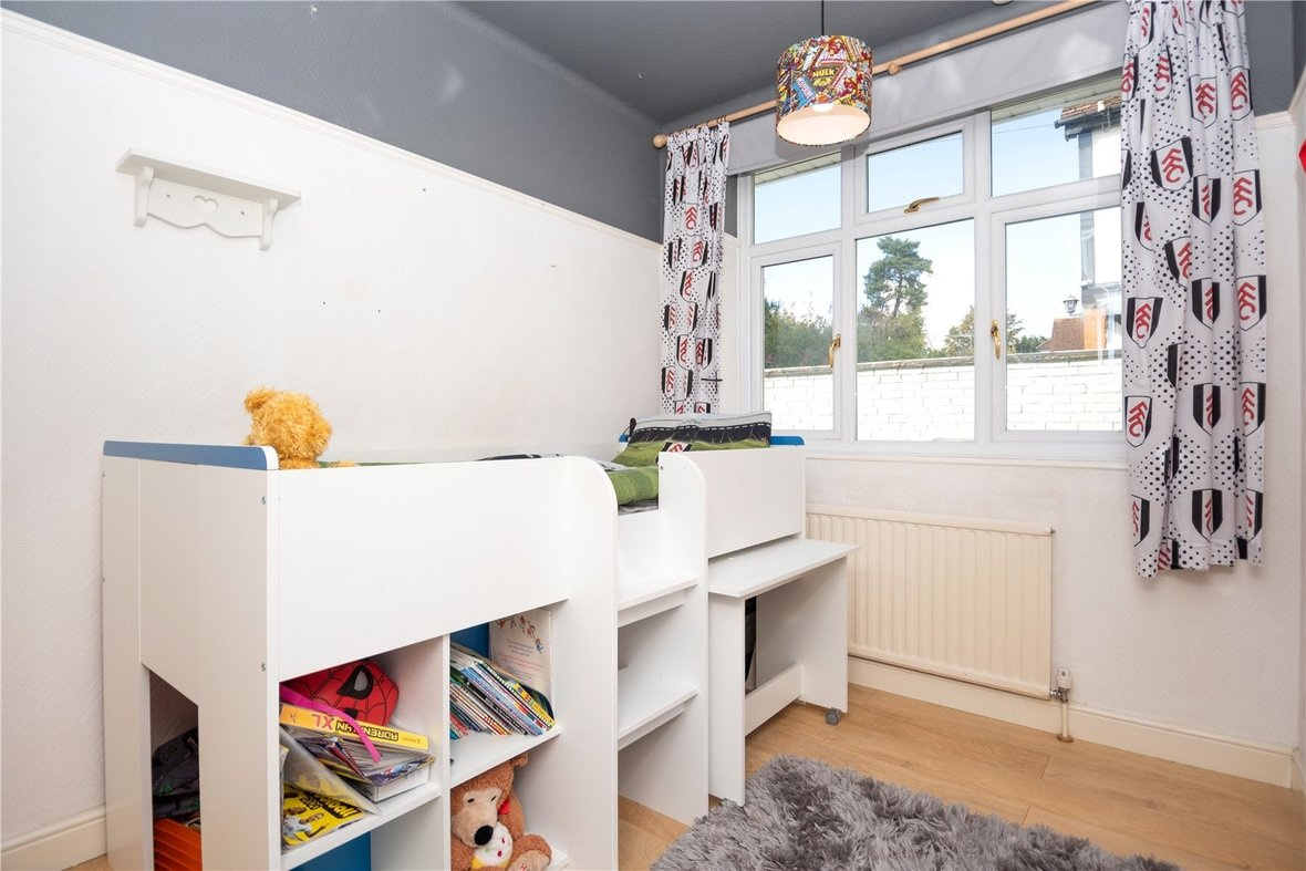 4 Bedroom Bungalow For Sale in Watford Road, St. Albans - View 13 - Collinson Hall