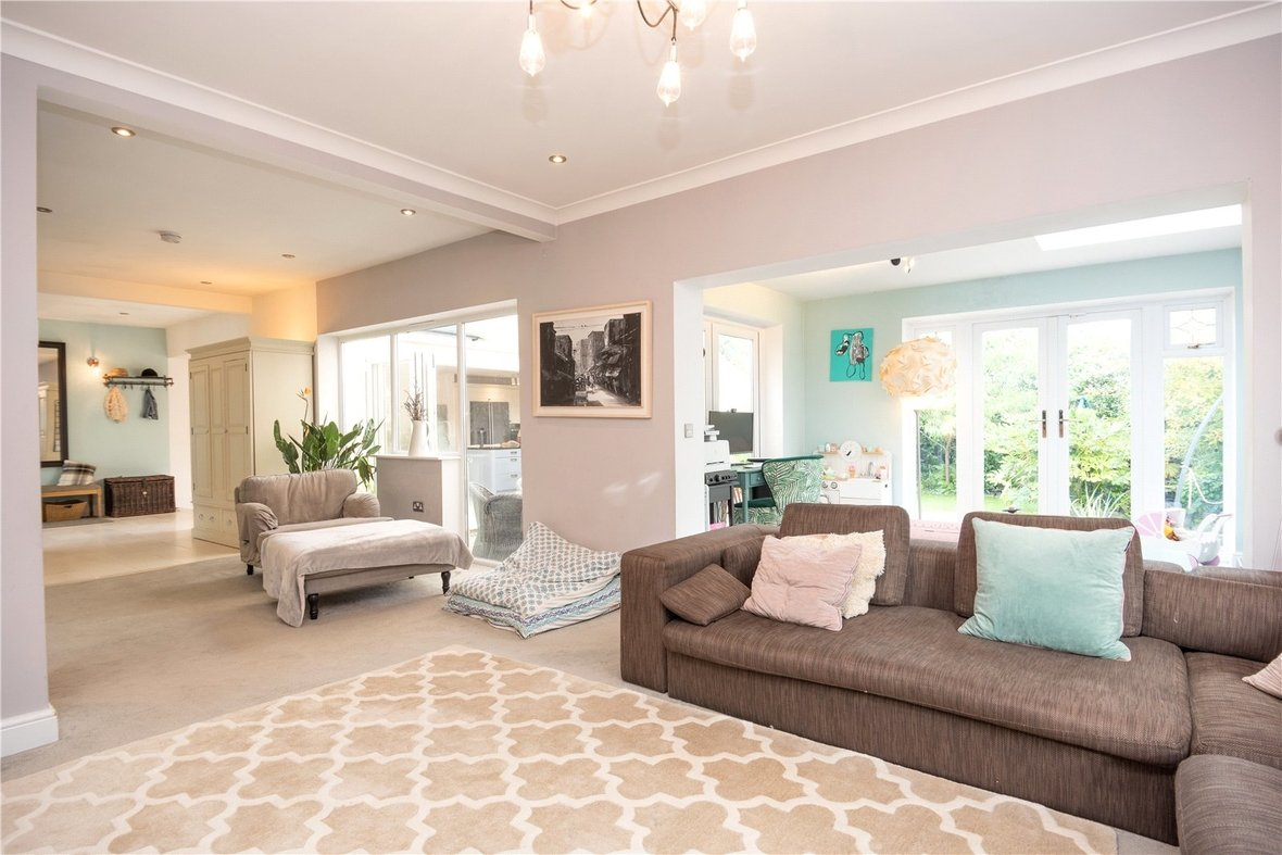 4 Bedroom Bungalow For Sale in Watford Road, St. Albans - View 6 - Collinson Hall