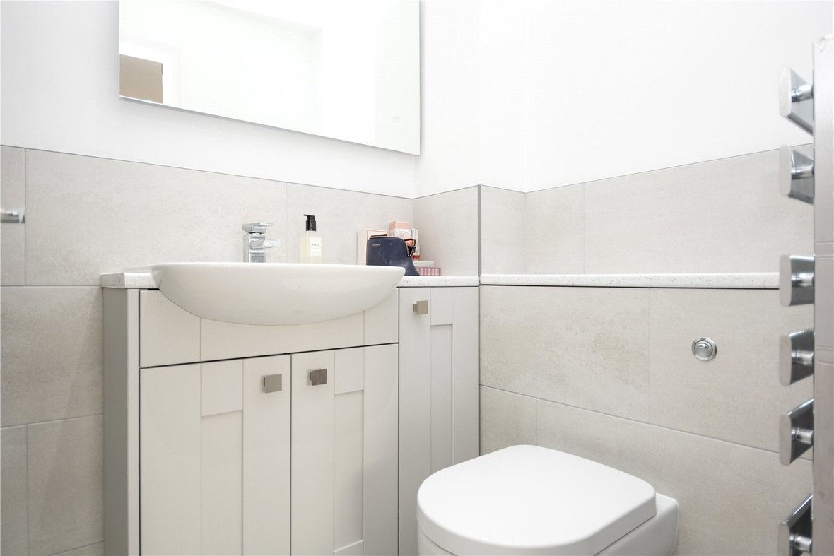 3 Bedroom House For Sale in Bell View, St. Albans, Hertfordshire - View 8 - Collinson Hall