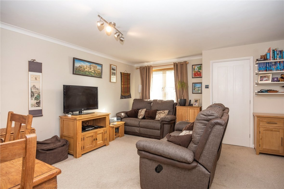 3 Bedroom House For Sale in Bell View, St. Albans, Hertfordshire - View 2 - Collinson Hall
