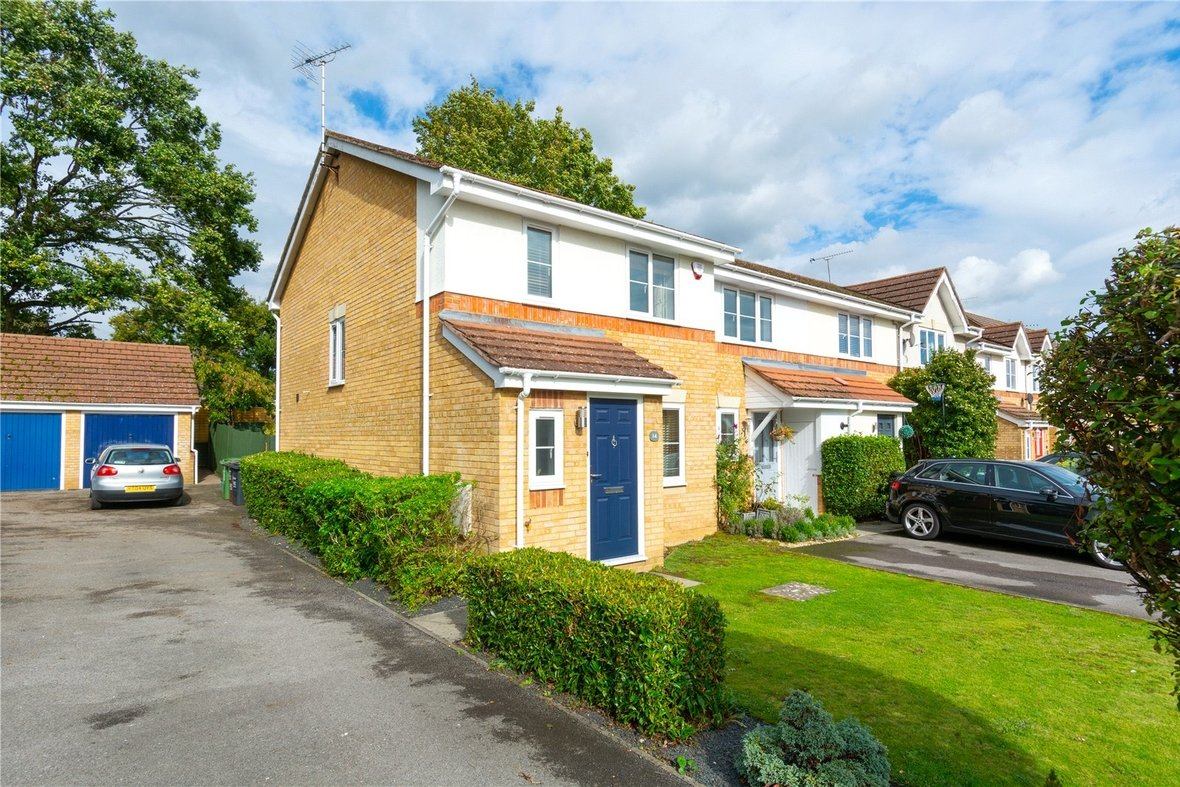 3 Bedroom House For Sale in Bell View, St. Albans, Hertfordshire - View 17 - Collinson Hall