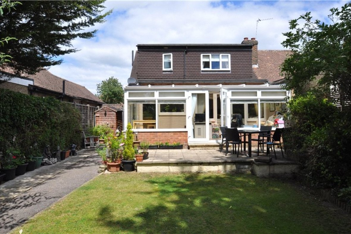 3 Bedroom Bungalow For Sale in West Avenue, St. Albans, Hertfordshire - View 1 - Collinson Hall