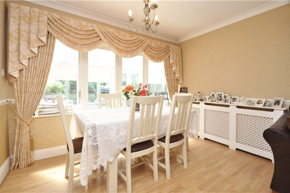 3 Bedroom Bungalow For Sale in West Avenue, St. Albans, Hertfordshire - View 7 - Collinson Hall