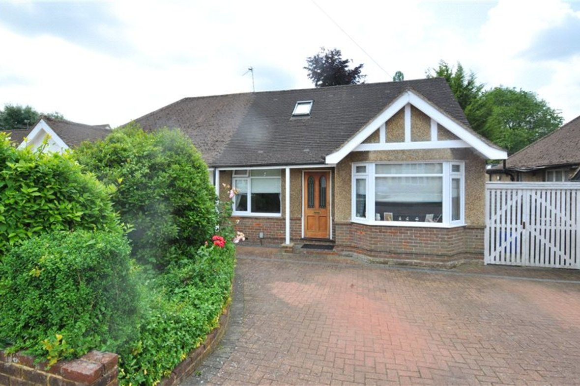 3 Bedroom Bungalow For Sale in West Avenue, St. Albans, Hertfordshire - View 2 - Collinson Hall