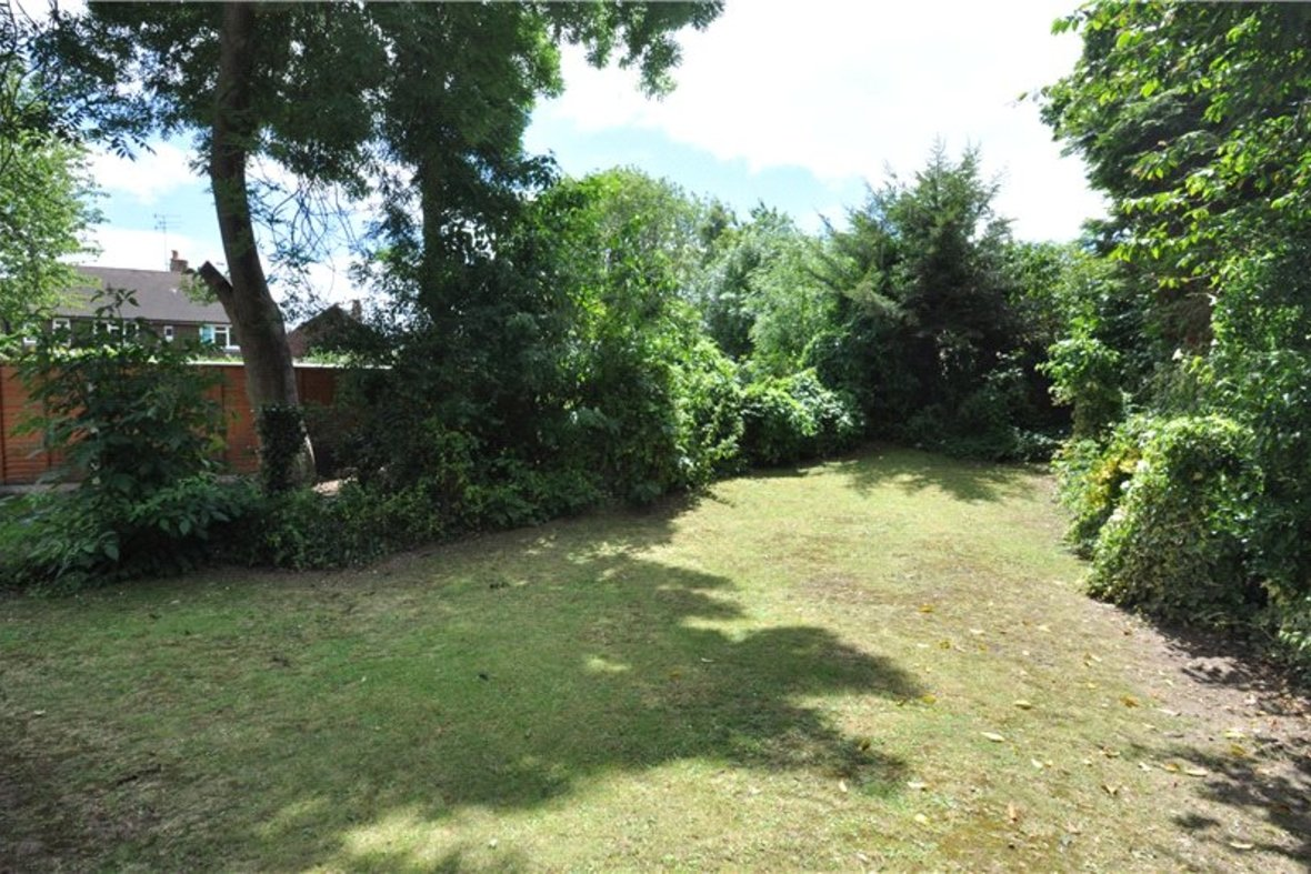 3 Bedroom Bungalow For Sale in West Avenue, St. Albans, Hertfordshire - View 12 - Collinson Hall