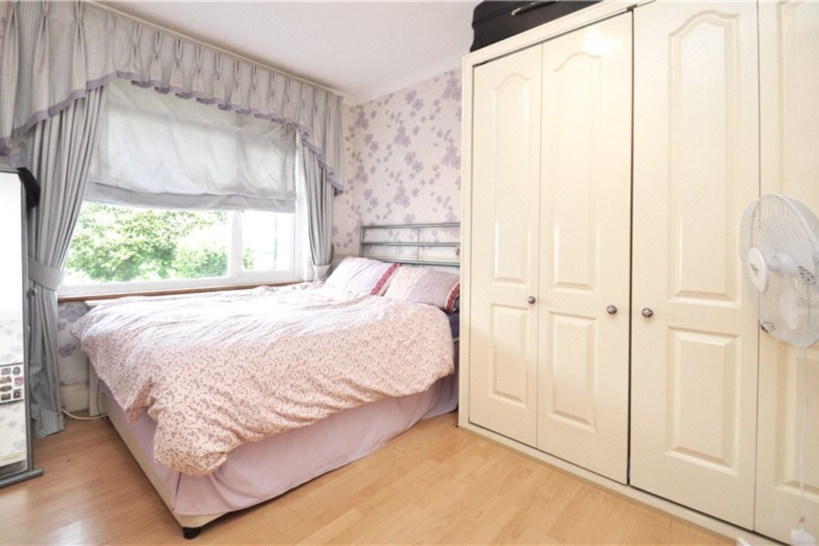 3 Bedroom Bungalow For Sale in West Avenue, St. Albans, Hertfordshire - View 10 - Collinson Hall