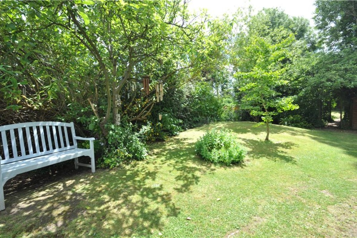 3 Bedroom Bungalow For Sale in West Avenue, St. Albans, Hertfordshire - View 3 - Collinson Hall