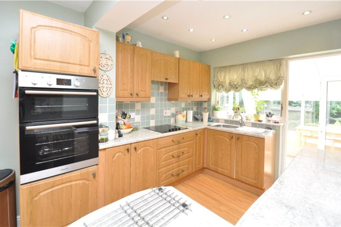3 Bedroom Bungalow For Sale in West Avenue, St. Albans, Hertfordshire - View 5 - Collinson Hall