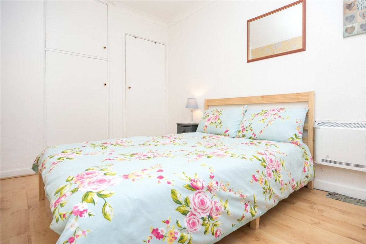 1 Bedroom Apartment For Sale in Devon Court, St Albans - View 11 - Collinson Hall