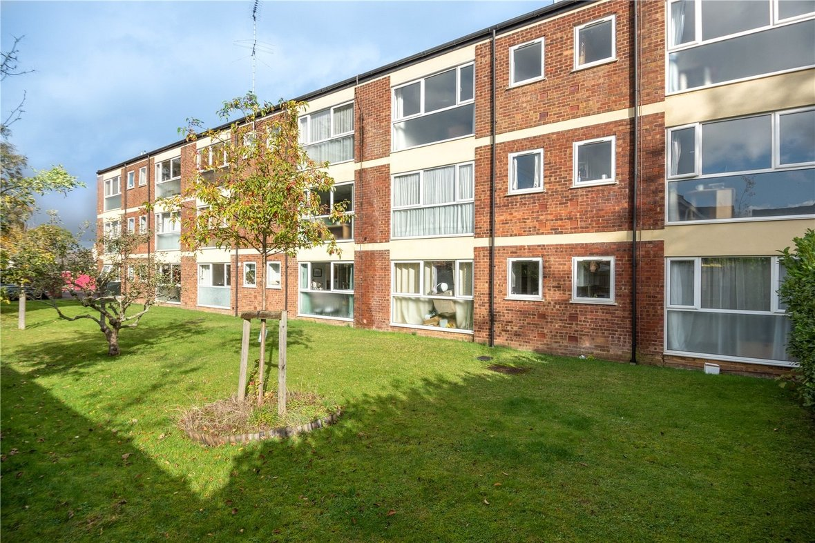 1 Bedroom Apartment For Sale in Devon Court, St Albans - View 9 - Collinson Hall