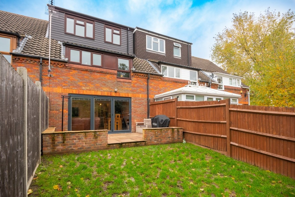 4 Bedroom House For Sale in Blueberry Close, St. Albans, Hertfordshire - View 1 - Collinson Hall