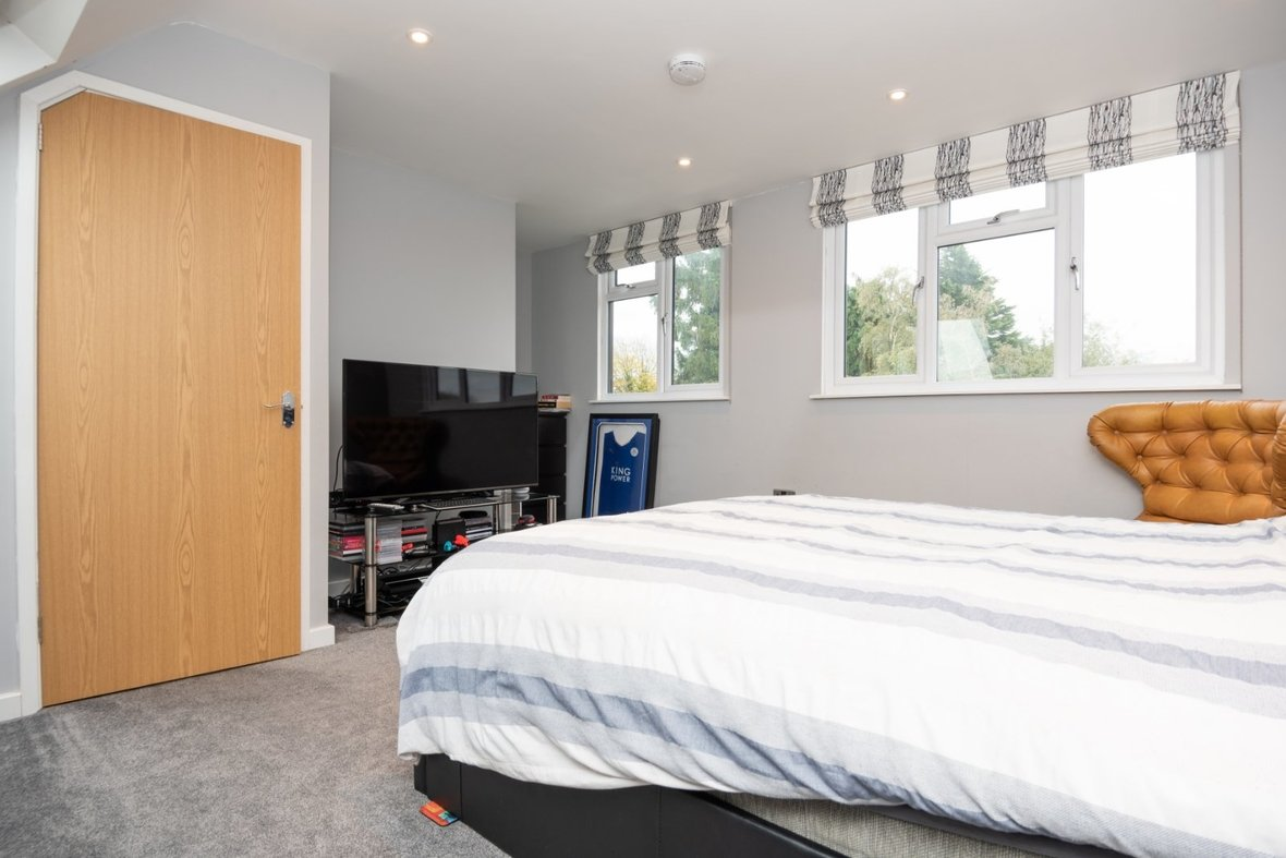 4 Bedroom House For Sale in Blueberry Close, St. Albans, Hertfordshire - View 19 - Collinson Hall